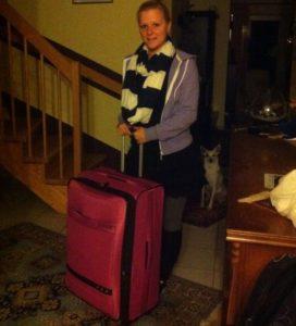 Packliste für Hawaii: Riesen Koffer, kleine Frau